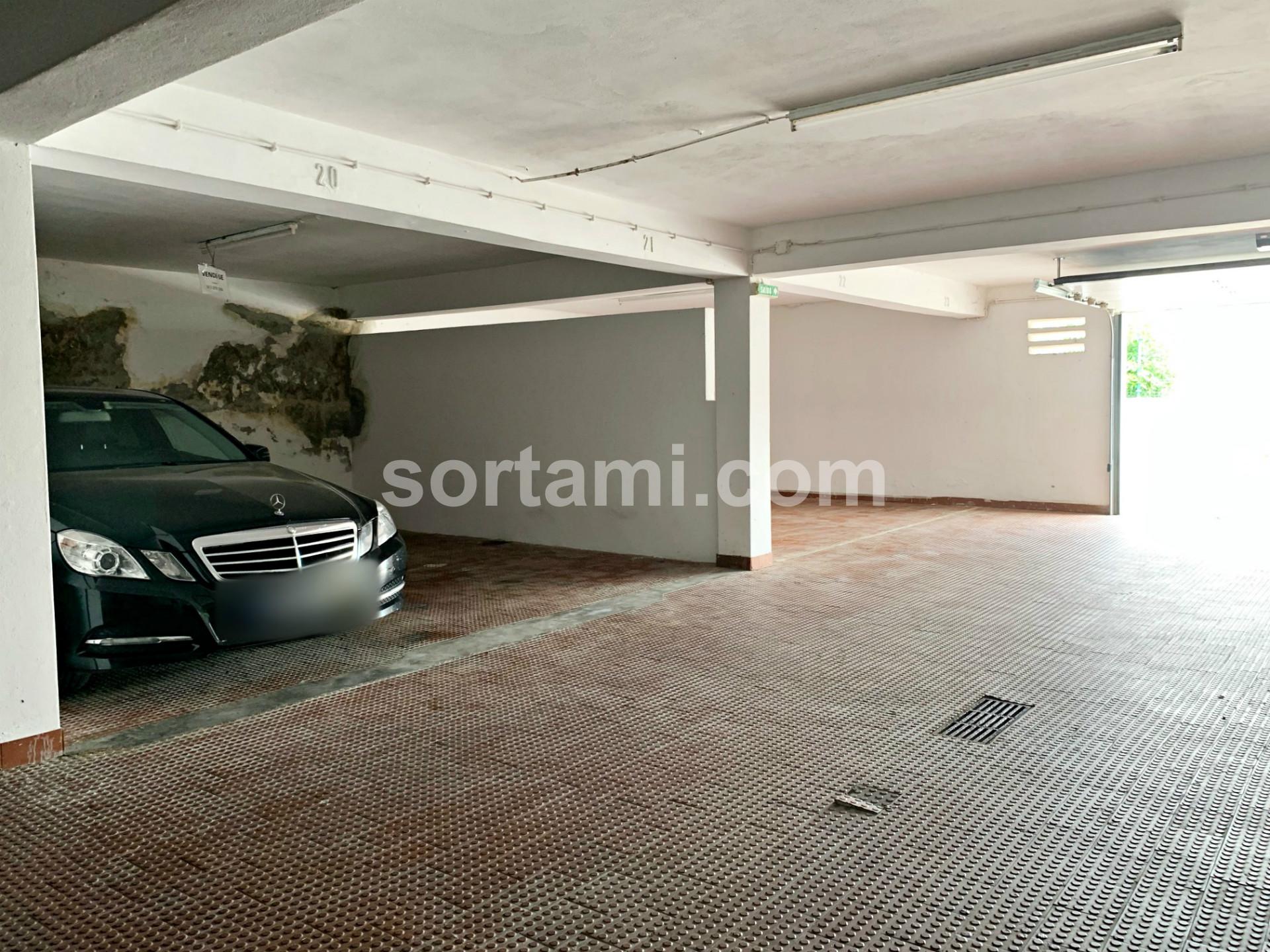 Garagem, Faro, Albufeira